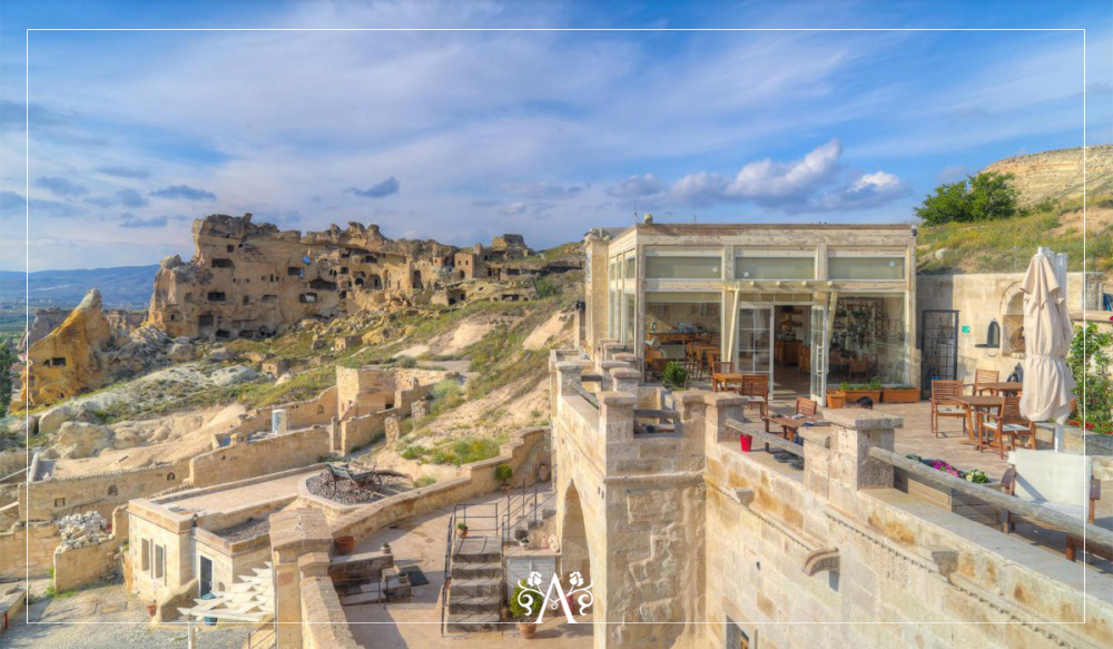 Azure Cave Hotel